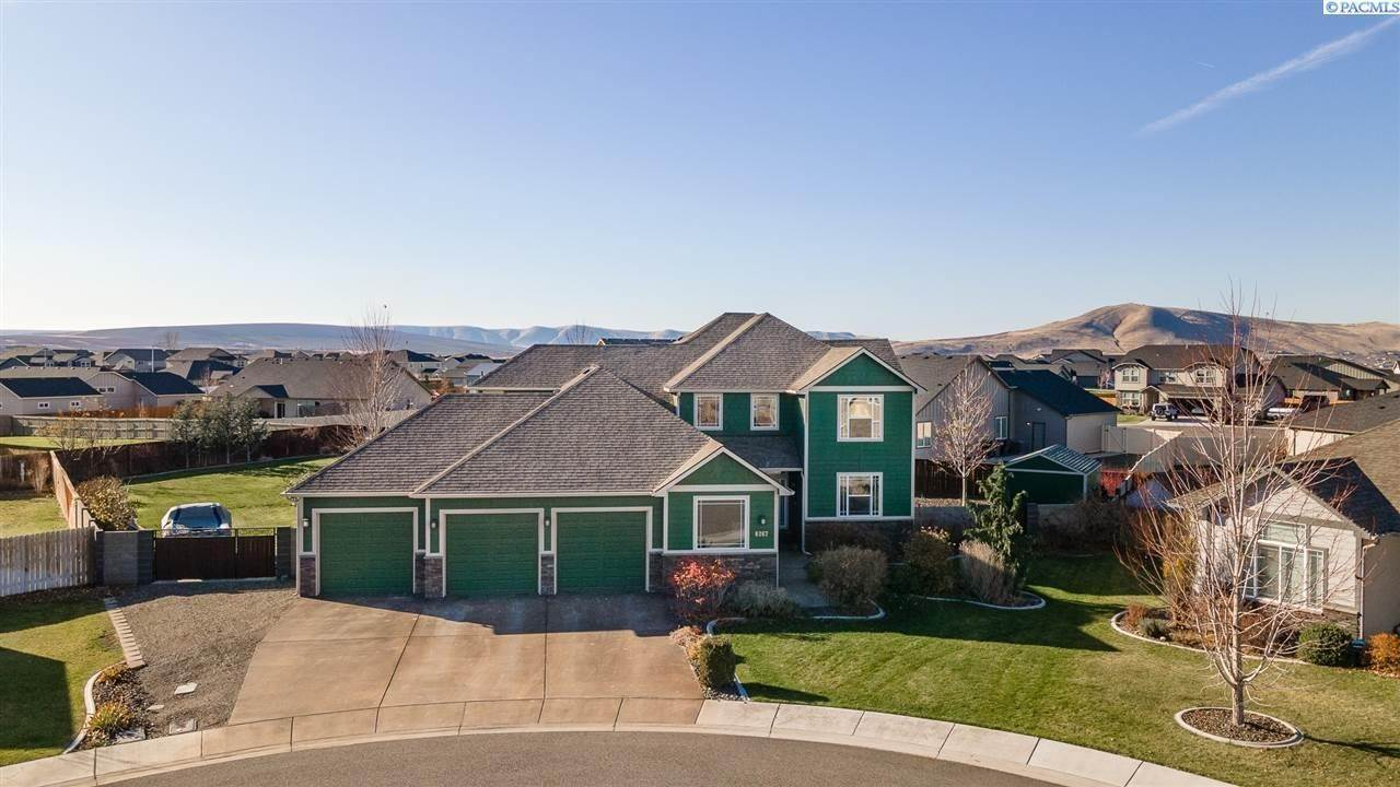 Single Family Homes for Sale at 6267 Basalt Court West Richland, Washington 99353 United States