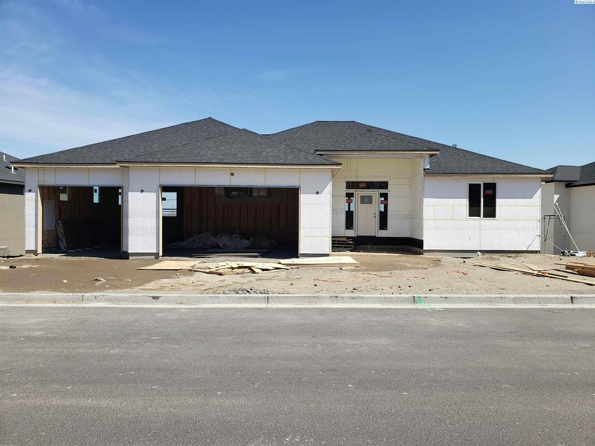 Single Family Homes for Sale at 3392 Bing Street West Richland, Washington 99353 United States
