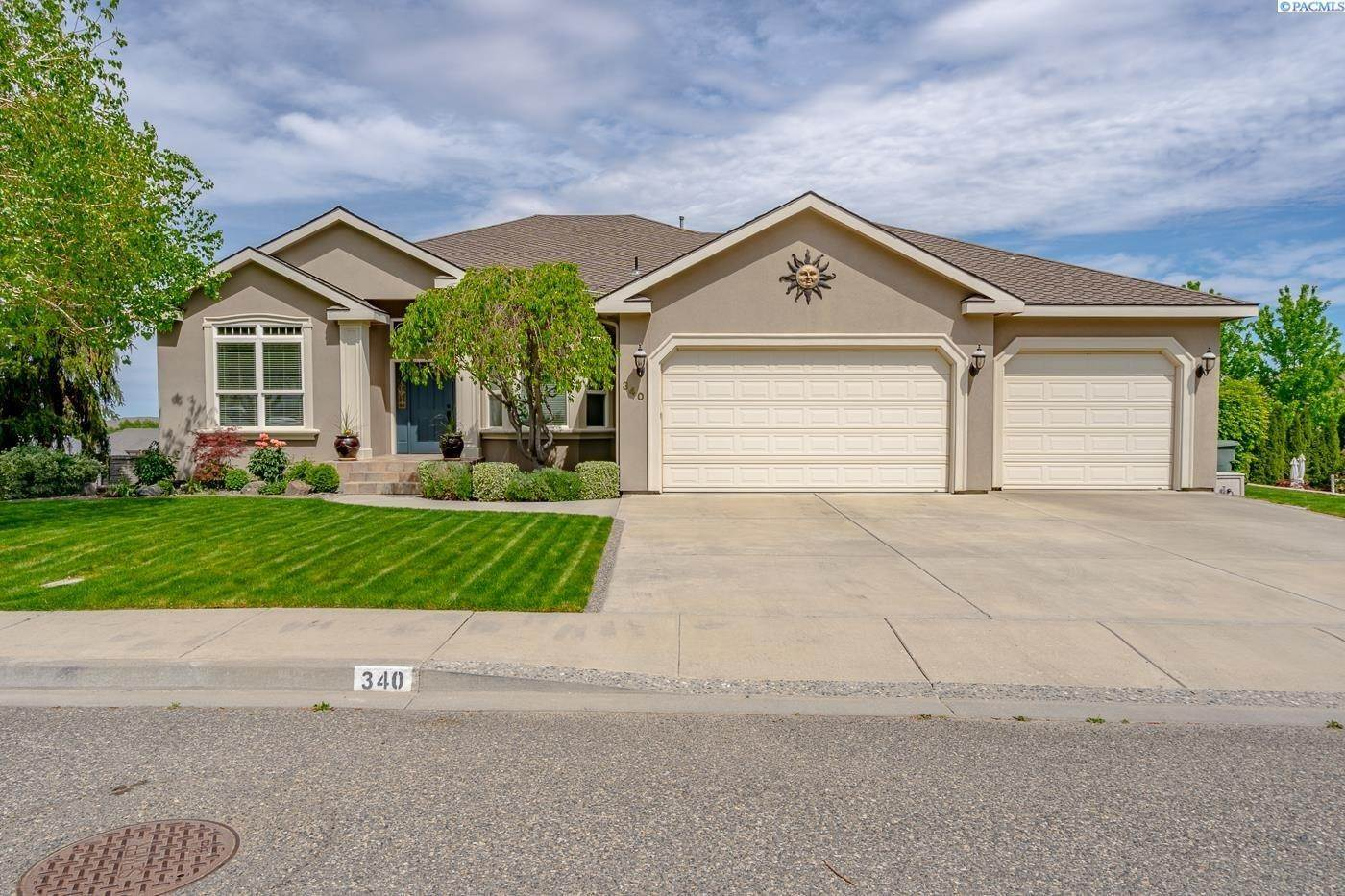 Single Family Homes for Sale at 340 Falconridge Street Richland, Washington 99354 United States