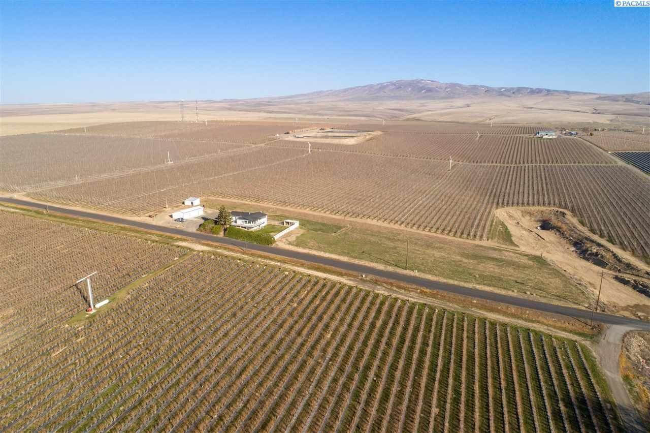 Farm / Ranch / Plantation for Sale at 35702 Orcutt Road Benton City, Washington 99320 United States