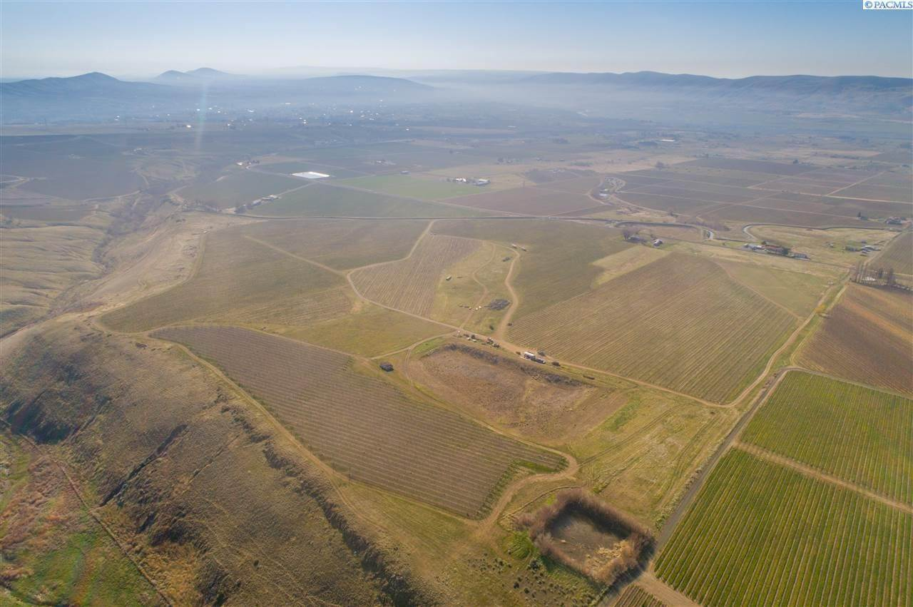 4. Farm / Ranch / Plantation for Sale at 35702 Orcutt Road Benton City, Washington 99320 United States